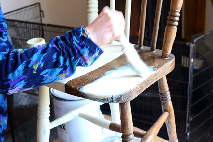 Shabby chic: Upcycling a chair