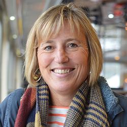 Liz Arnell