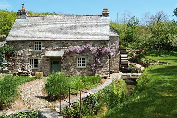 10 of the prettiest holiday cottages for a dream getaway