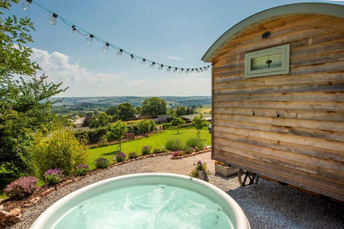 Bowhay Shepherd's Hut, Totnes, Devon
