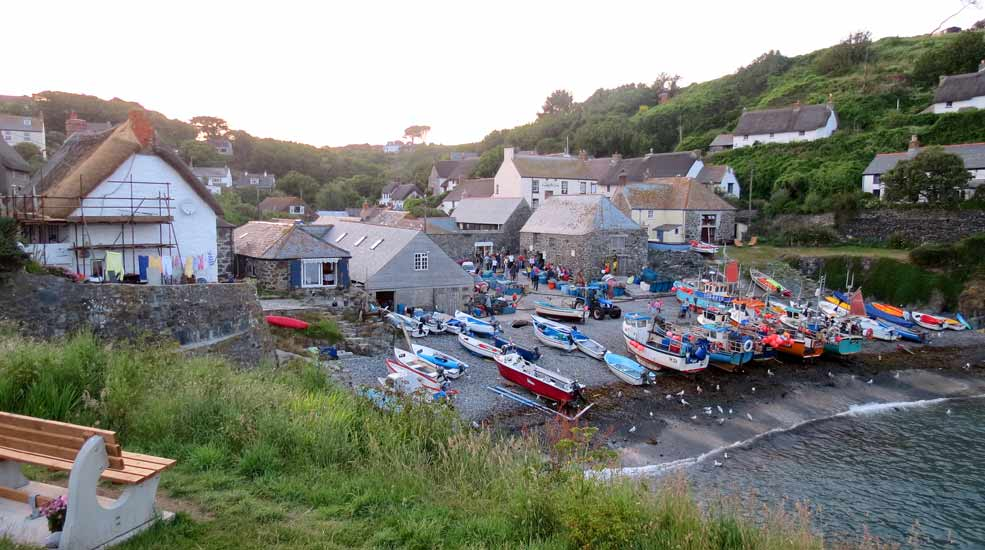 Cadgwith by Tony House