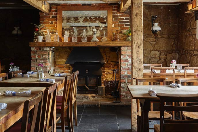 The Taverns, Godshill