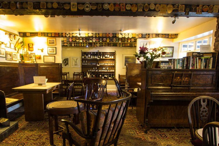 Enjoy a classic pub lunch at the Trengilly Wartha Inn.