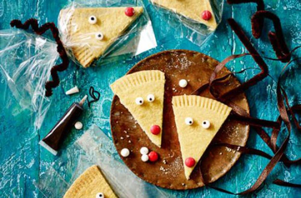 Rudolph reindeer shortbread biscuits