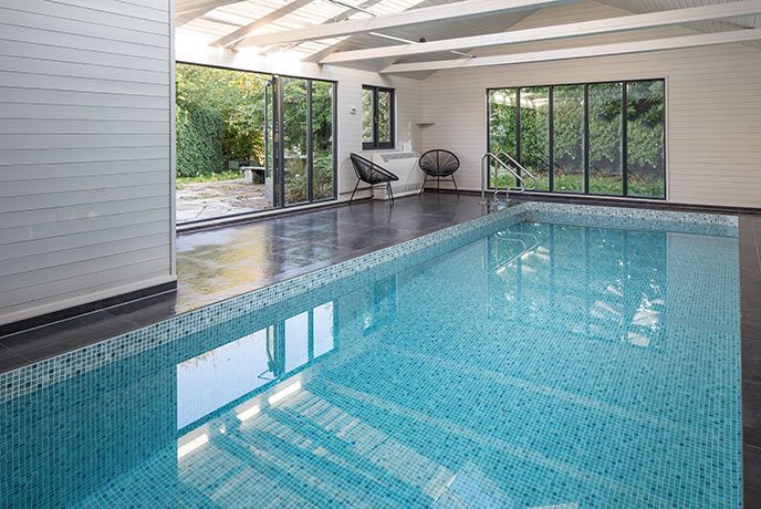 The private pool at Willows Rest welcomes you in for a swim all day every day.