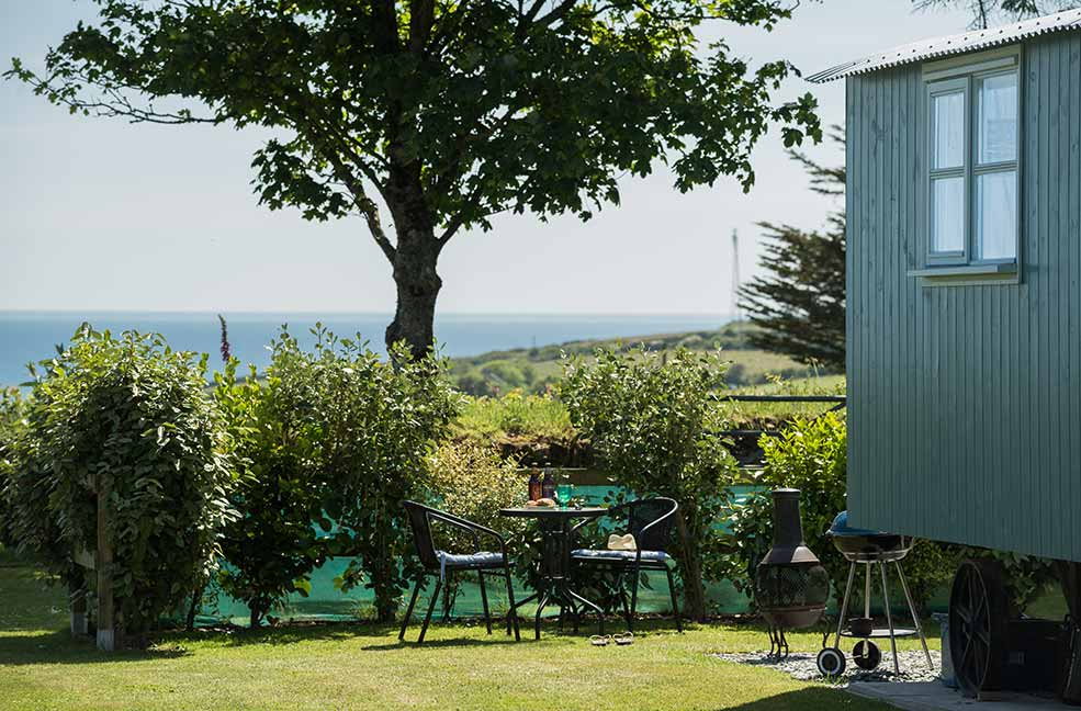 Glamping at its finest; Mr Blue Sky is a perfect example of our 'in the wild, but en suite' philosophy. We promise you'll be comfortable here.
