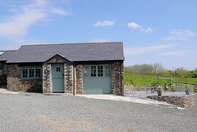 Bring your family for a relaxing break in north Cornwall at The Stables.