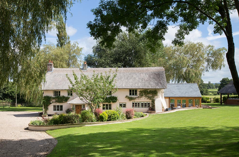 Middle Weaver Farm is a lovely family friendly holiday home in Devon.