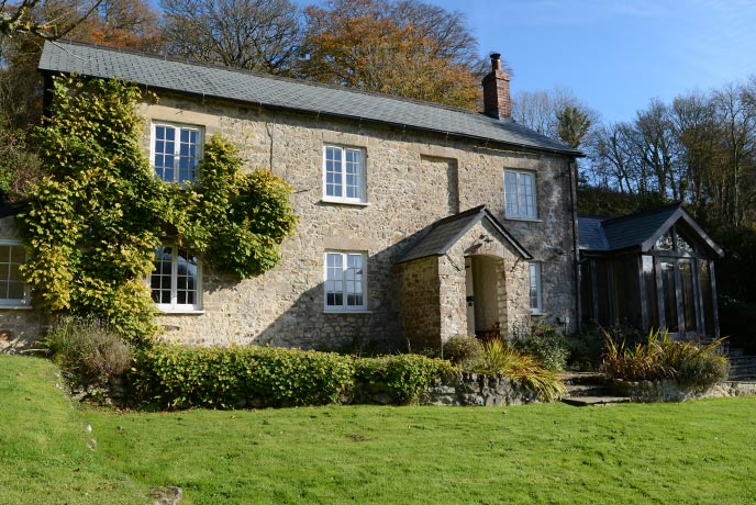 Barnell Cottage is a beautiful countryside cottage on the Jurassic Coast.