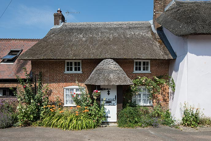 Quirky yet quintessentially English, Beehive Cottage is a lovely family holiday cottage.