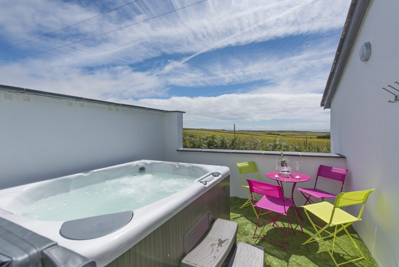 Treat yourself to a hot tub holiday to unwind this half term.
