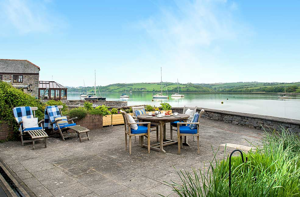 6 riverside cottages in Devon and Cornwall