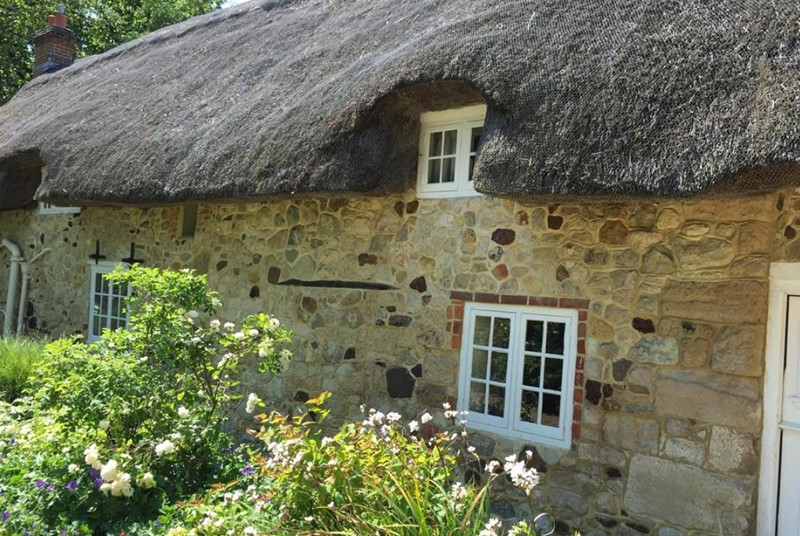 Afton Thatch is a glorious rural retreat on the Isle of Wight.