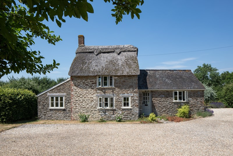 Perfect for two, Pound Farm Cottage is a pretty countryside getaway.