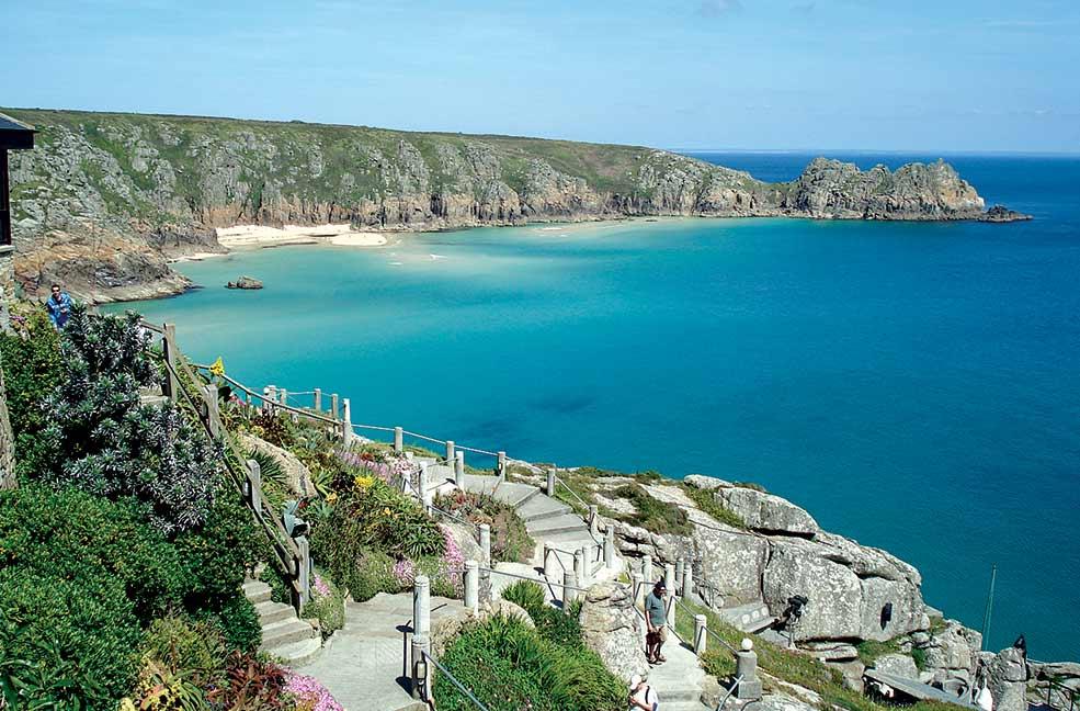 Cornwall Hotels Near Beach