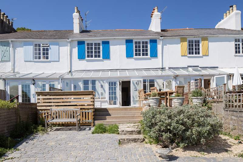 Top Picks! Dog friendly cottages near the beach