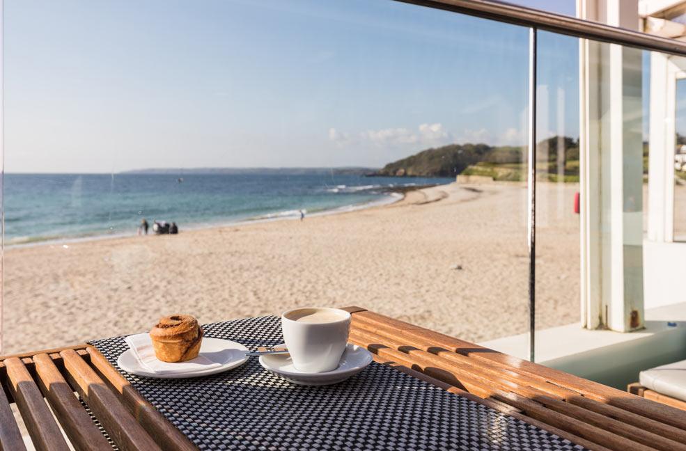 Tea time at Gylly beach