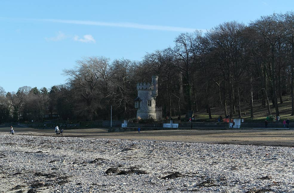 Appley tower on the promenade at Ryde Beach.