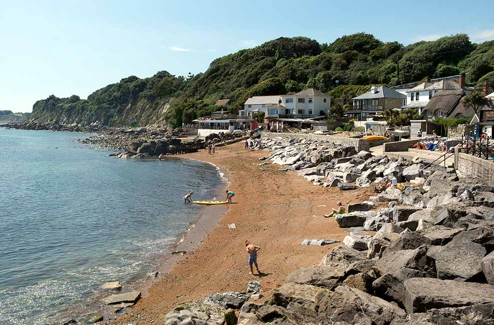 A pretty walk to Steephill Cove