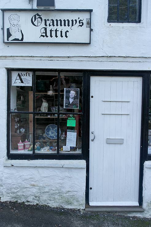 Veryan shop