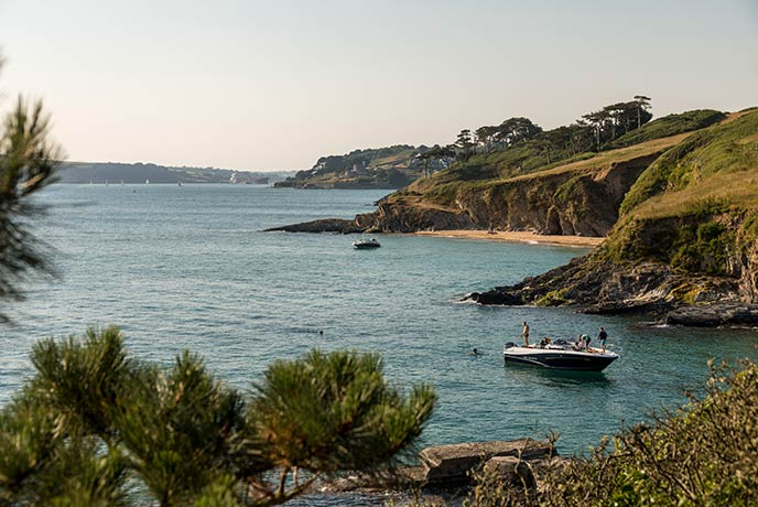 Guide to the Roseland Peninsula