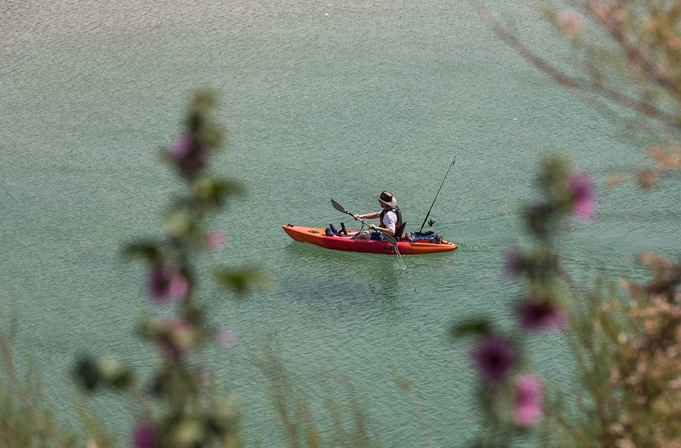 Kayaking across the Newquay Gannel.