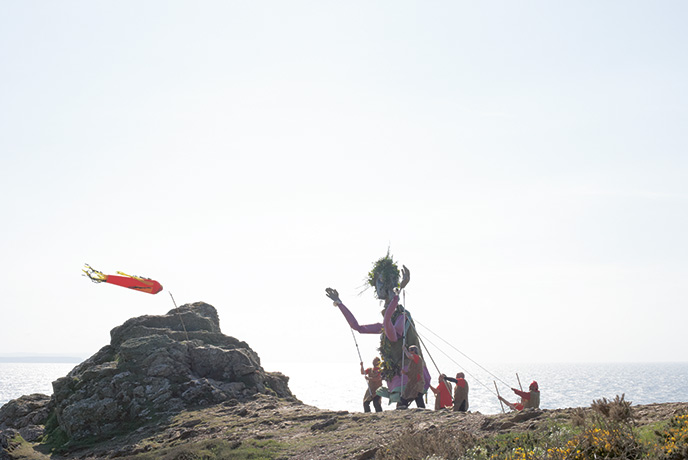St Agnes Bolster Day is a quirky celebration of an old Cornish legend about a giant who used to live on the cliffs by St Agnes.