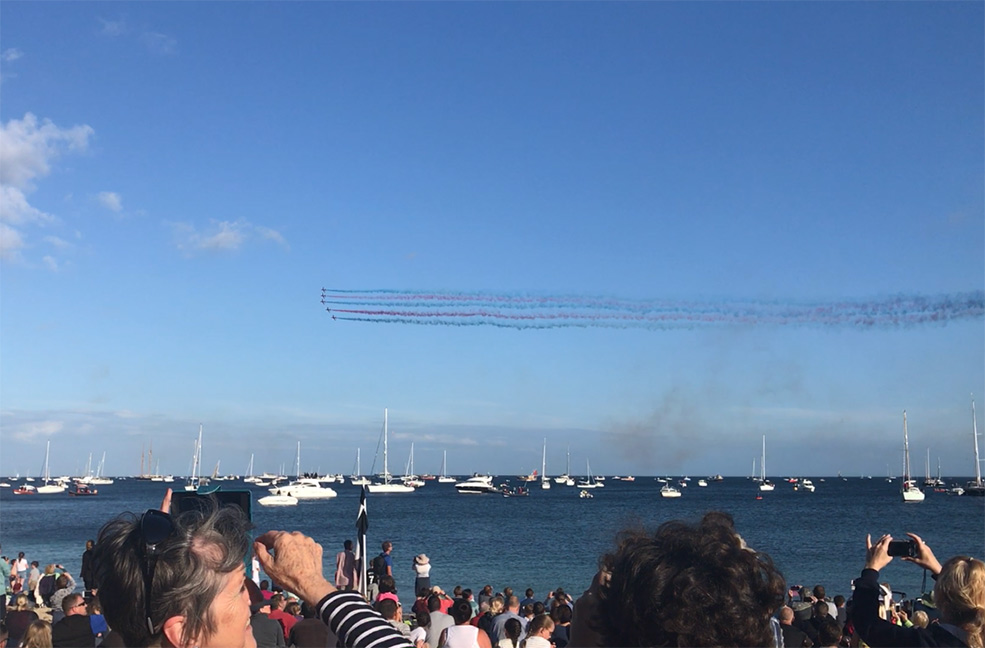 Watch the red arrows fly over Falmouth bay from the beach or the luxury of your Falmouth holiday cottage.