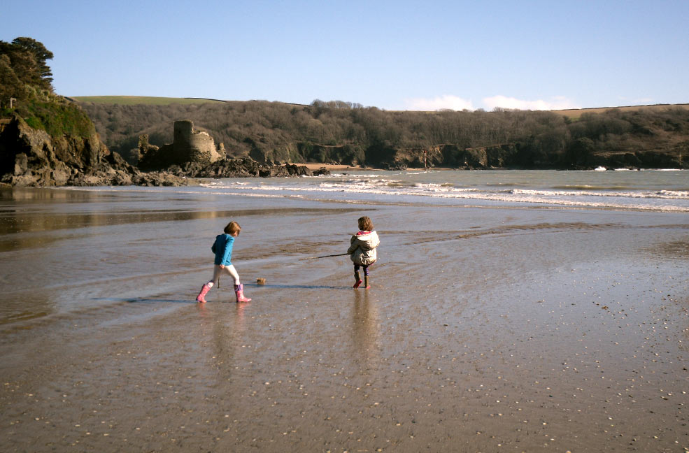 There's plenty of things to do with kids in the South Hams but finding stuff to do that's free can be a little tricky if you don't know where to look.