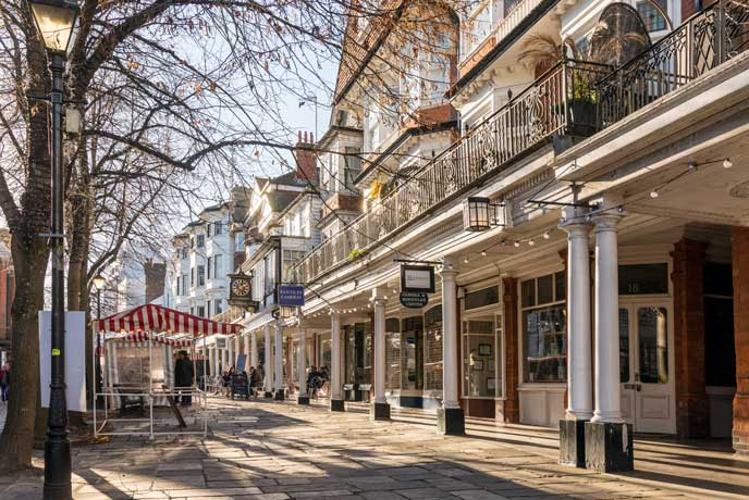 Royal Tunbridge Wells is a hub for shopping and eating that's just over the Sussex border into Kent.