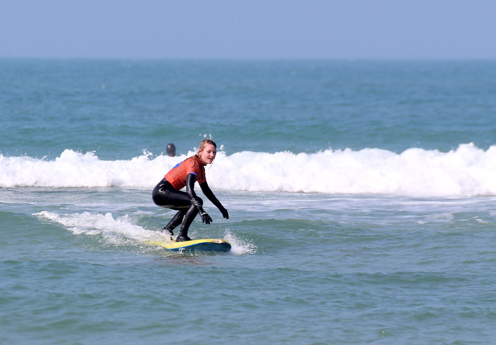 Surf lesson in Cornwall with Global Boarders