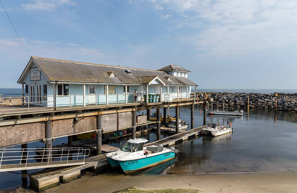 Ventnor Haven Fishery offers the local delicacy of crab and chips, perfect for those looking for a lighter seaside-themed lunch. Sit on the sea wall for the ultimate beach holiday experience.