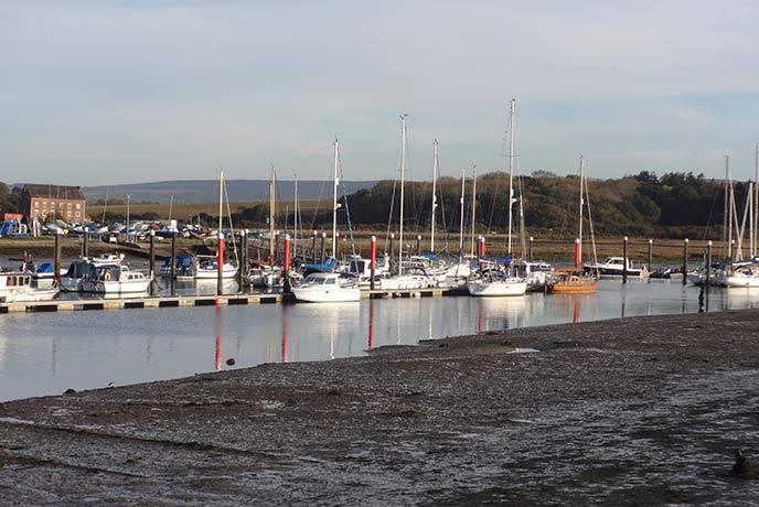 Boats bobbing in the marina at Yarmouth harbour.