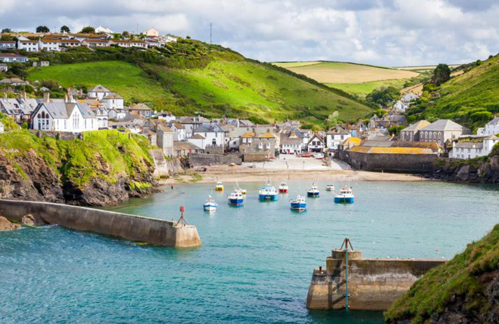 Port Isaac is a beautiful fishing village in Cornwall. Also well known as the home of Doc Martin.