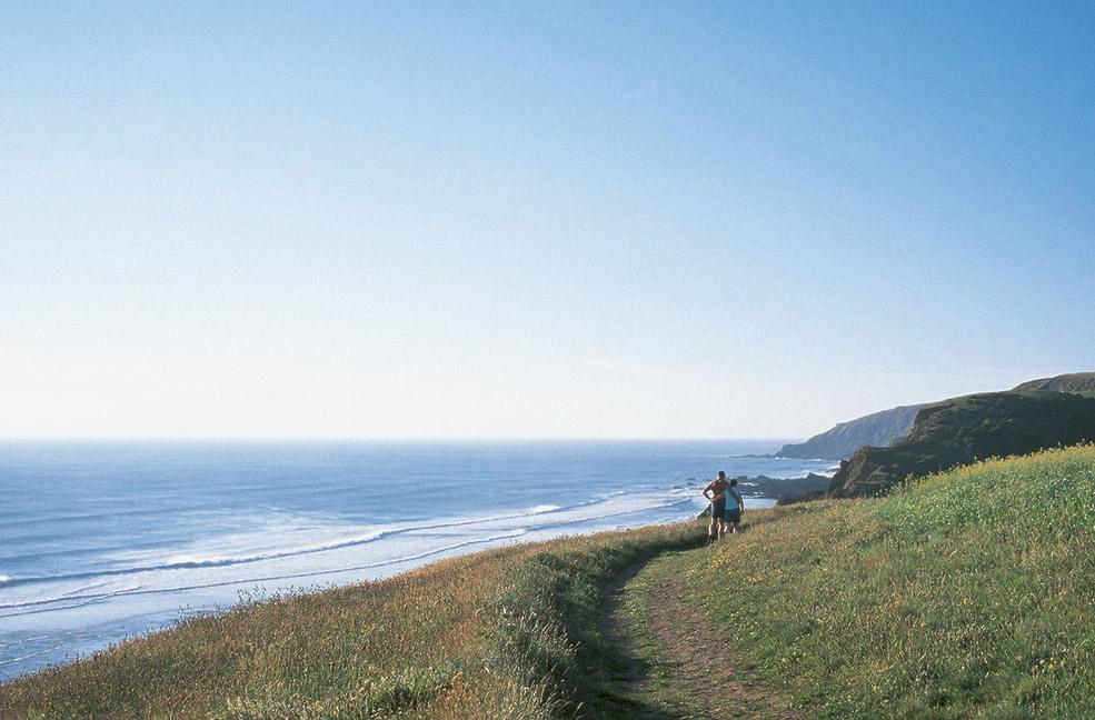 5 romantic honeymoon spots in Cornwall