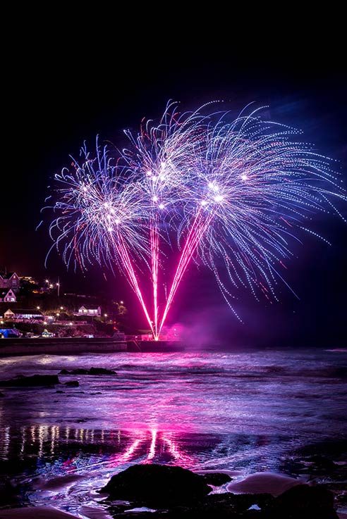Newquay fireworks by Mike Searle