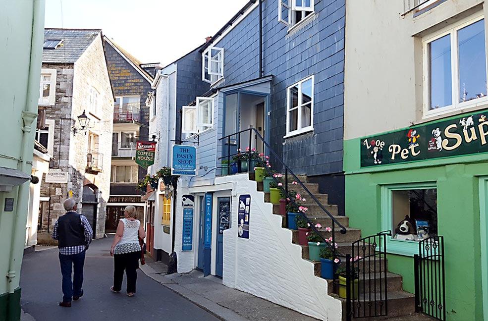 Looe street