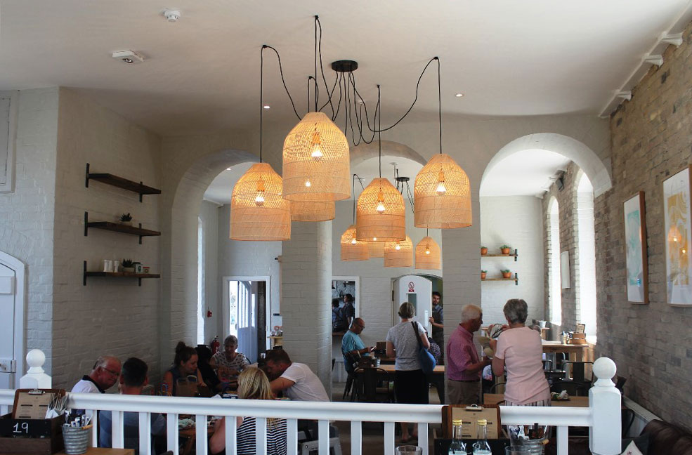 ISland Cafe interior