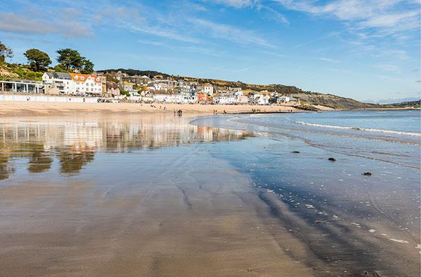 Lyme Regis beach review