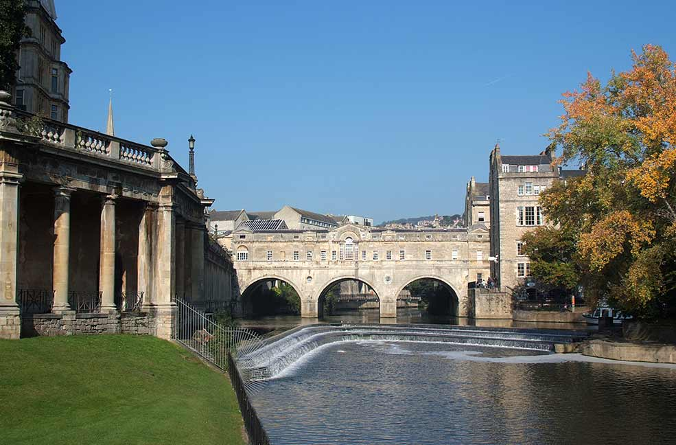Have a more cosmopolitan day out of shopping and relaxing in Bath.