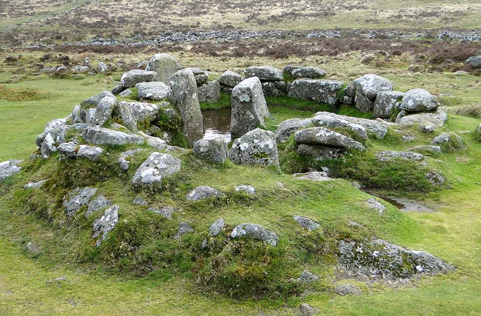 A Grimspound hut circle