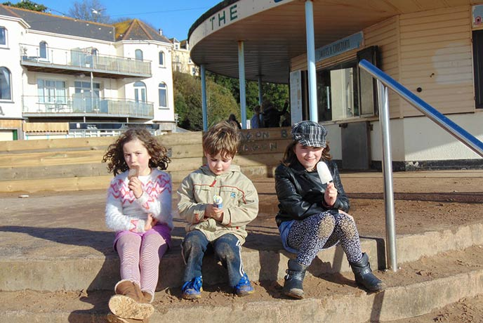 We stopped for ice cream at the Octagon by Exmouth beach.