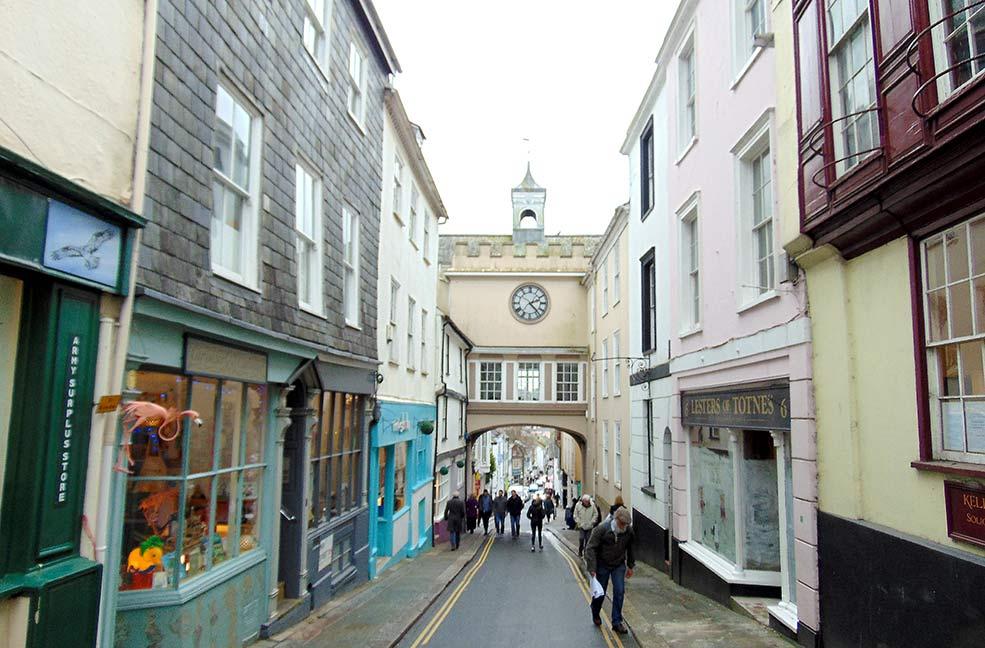 Totnes town