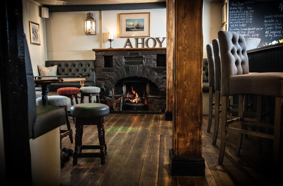Cosy pubs in Cornwall
