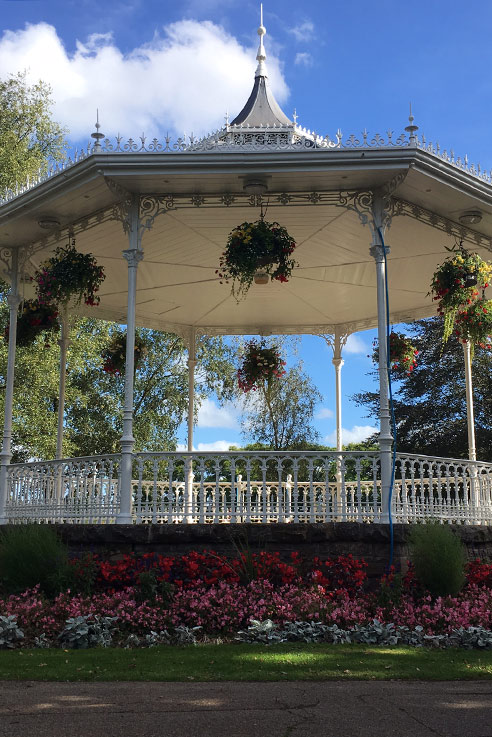 Vivary bandstand