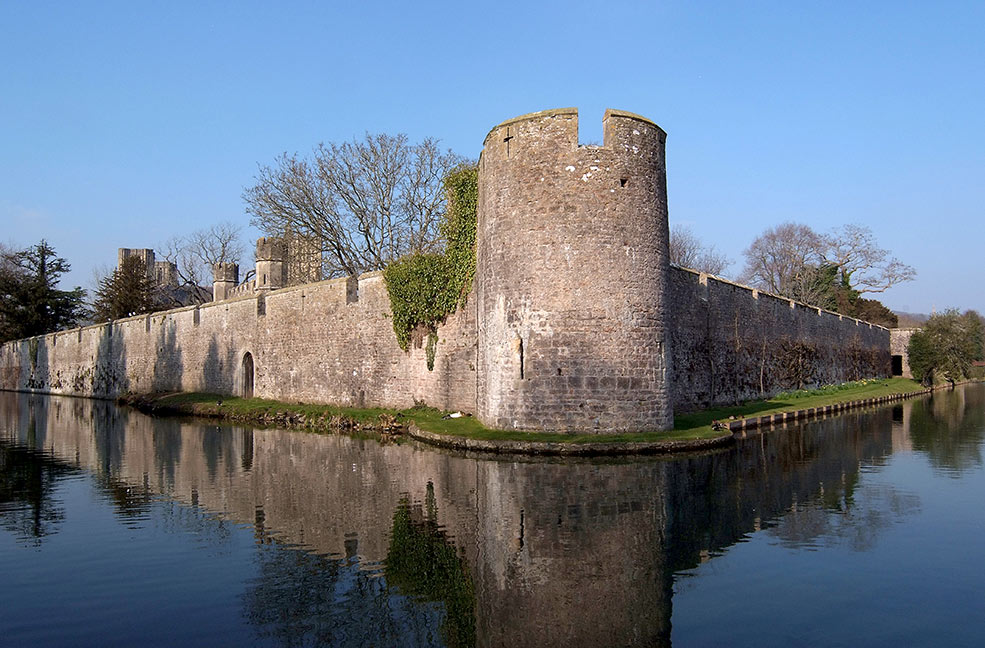 Wells castle moat