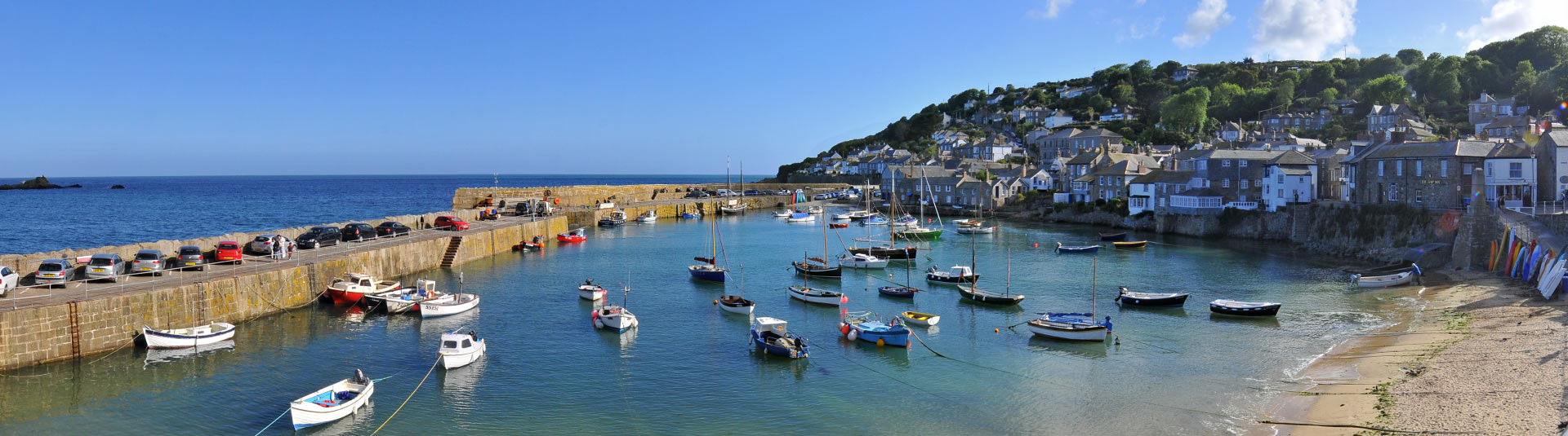Mousehole harbour - Find your holiday cottage in Cornwall